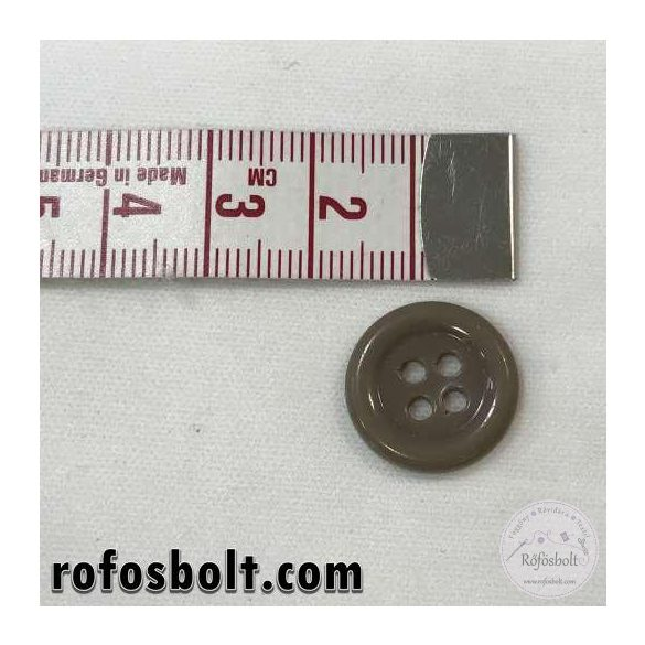 Barna gomb (3)