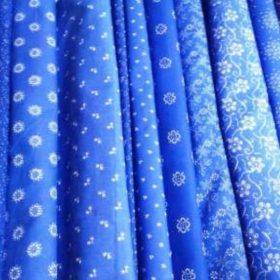 Népies jellegű és kékfestő anyagok