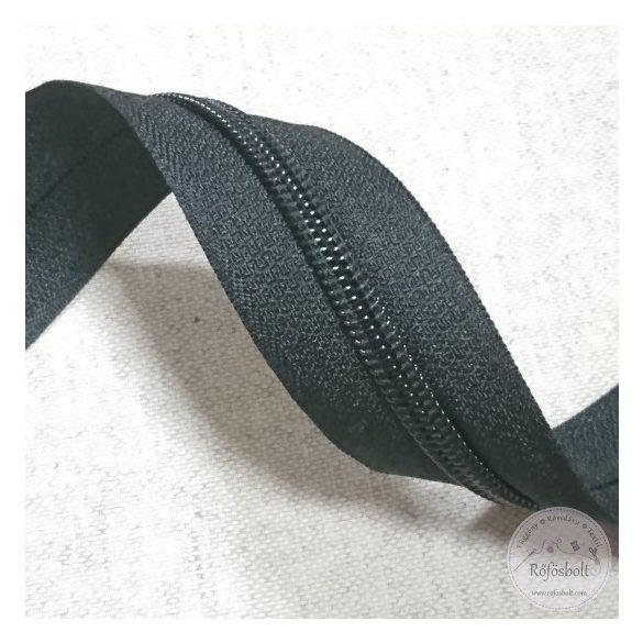 Fekete méteres általános cipzár